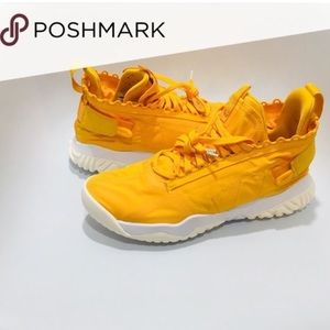 AIR JORDAN PROTO REACT YELLOW